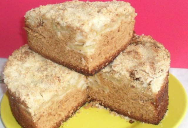 Очень вкусный, ароматный и быстрый яблочный пирог с медом!