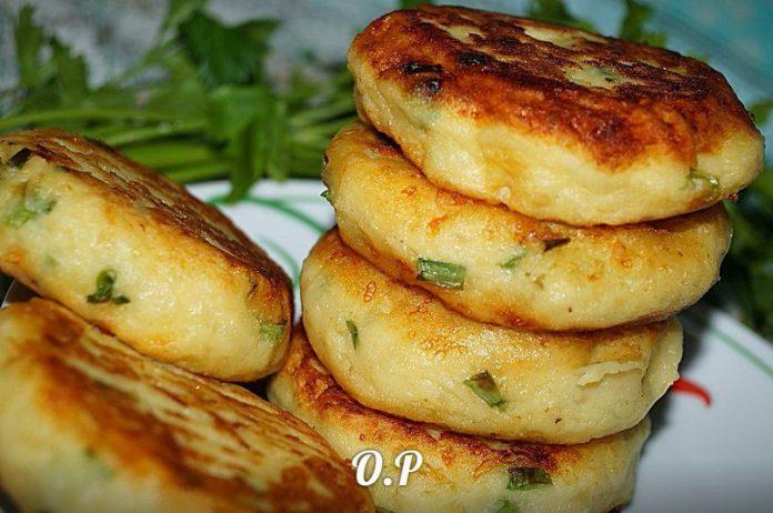 Картофельные биточки с зелёным луком и сыром — супер рецепт!