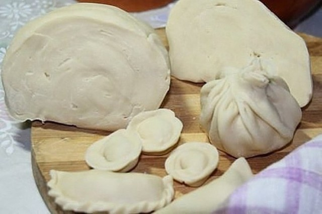Cупер-тесто на пельмени и вареники. ВСЕГДА чистая кухня. Запомните изюминку рецепта. Тесто получается замечательное!