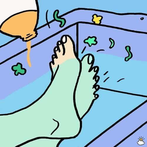apple-cider-vinegar-foot-soak-2-850x850-min