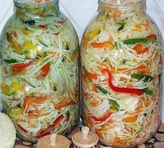 bespodobnyj-kapuctnyj-salat-na-zimu-osennij-1