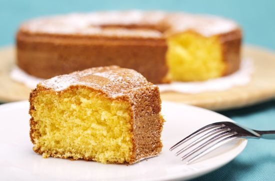 piece-of-cake-with-icing-sugar