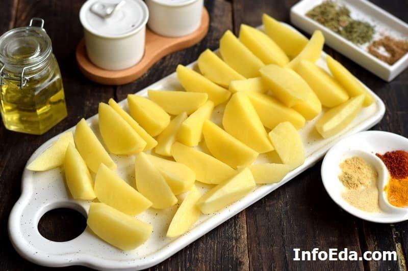 1-kartofel-po-derevenski-narezannye-dolki-kartoshki